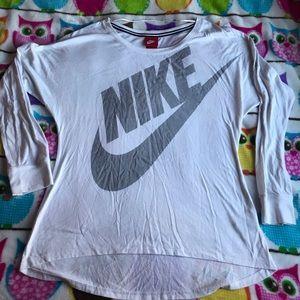 Nike White Scoop NeckZ Long Sleeved Top Size M